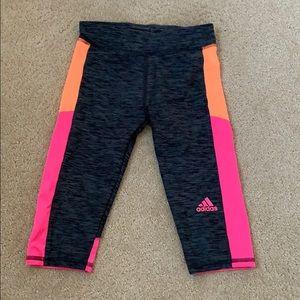 Adidas size 5 capri leggings